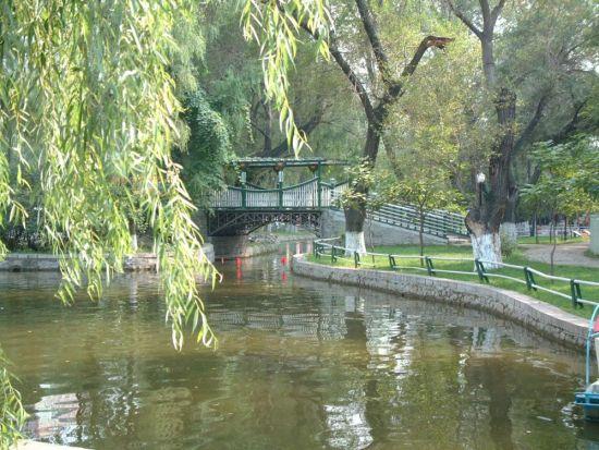 5,松柏生态园   位置:临近河松,河柏,瑞江小区,总面积达到18万