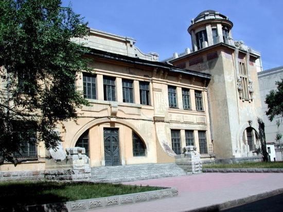 哈尔滨工业大学土木楼-哈工大博物馆 历史在百年老楼延伸图片