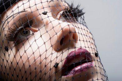 光滑的皮肤对于妆容是非常重要的