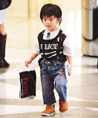 Lucas时尚范十足