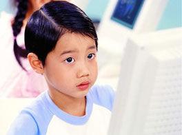 上网的儿童