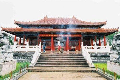 齐齐哈尔钟灵禅寺