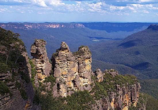 澳大利亚蓝山三姊妹岩