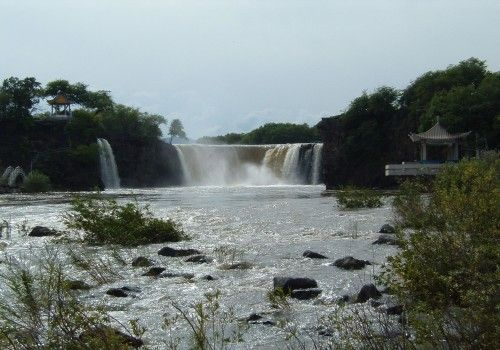 牡丹江吊水楼瀑布