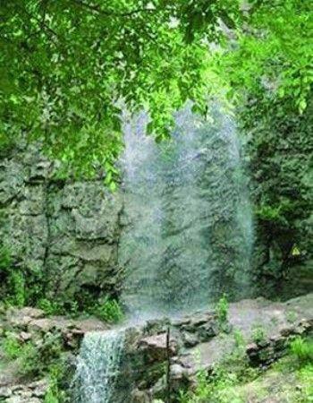 海林梨树瀑布