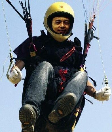 杨小强 第六届世界滑翔伞定点锦标赛亚军