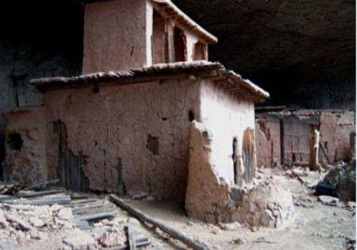 食人族洞穴