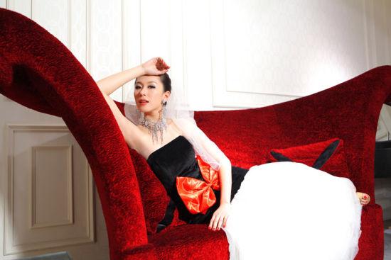 美女演绎新古典家装