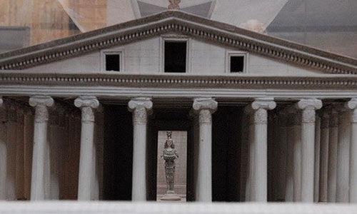以弗所考古博物馆的展品:阿尔忒弥斯神庙模型