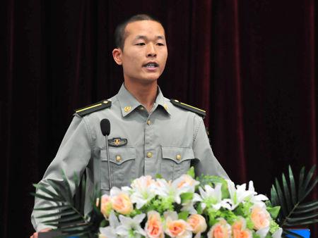 国防生代表讲话