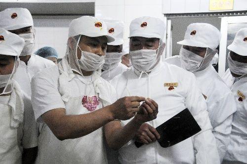 """省农村小学""""希望厨师""""在哈接受培训"""