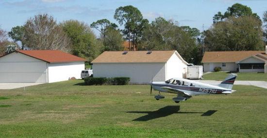 佛罗里达州的飞机房屋
