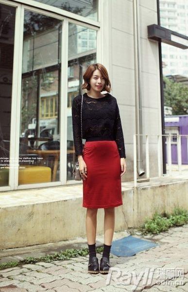 红色铅笔裙时尚又抢眼-老气 铅笔裙秋冬摩登新搭