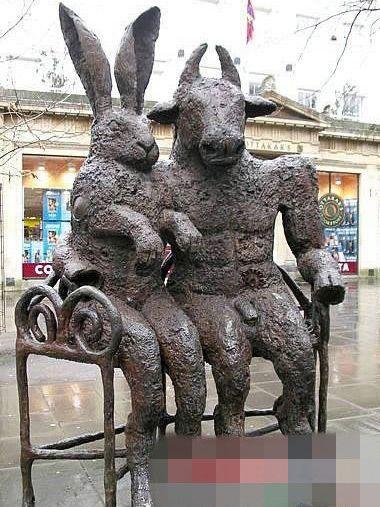 石头人雕塑自己 男