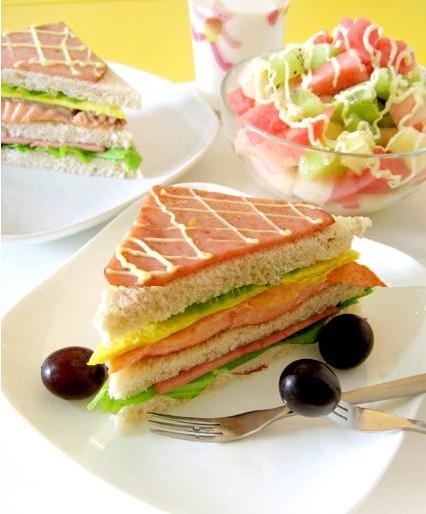 早餐讲究的是食物营养组合的合理性