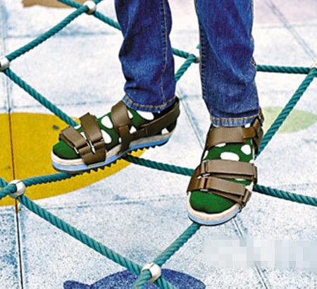 男人穿凉鞋也有型 凉鞋时尚知识