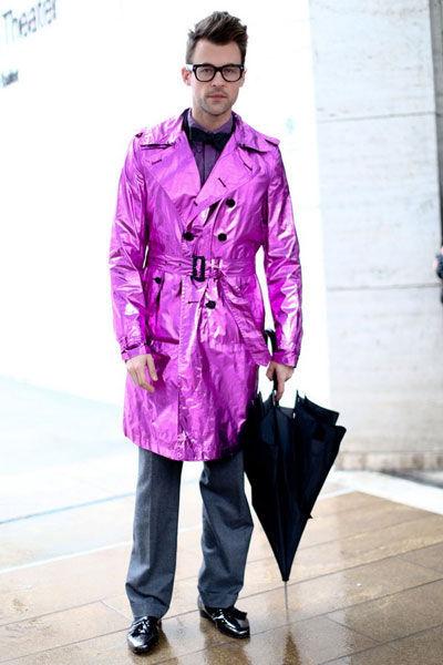 粉白色风衣