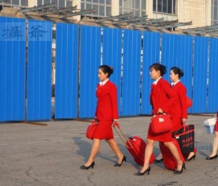 工作中的朝鲜美女