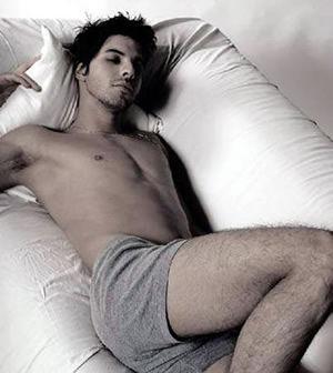 内裤不常换影响男性睾丸健康