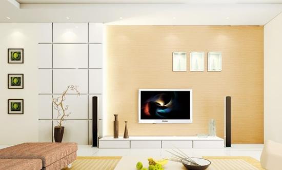 原木色和白色组合的电视背景墙