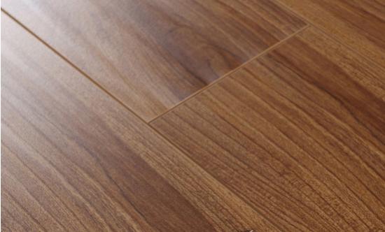 产品类型:实木复合地板
