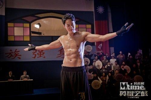 《英雄之战》将映何润东演绎海归富二代拳王