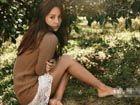 李孝利济州岛婚房写真蕾丝短裤做回少女