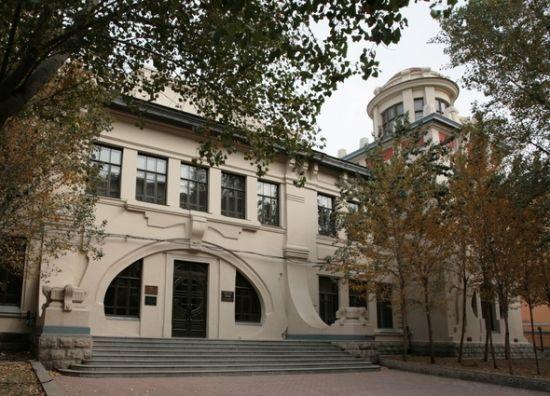 哈尔滨工业大学博物馆 -盘点隐藏在哈尔滨名校里的特色博物馆 新浪黑图片