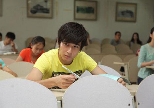 《渴望的青春》将映吐槽应试教育四六级