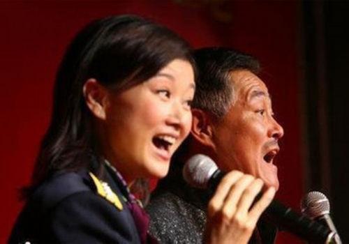 赵本山离婚宋祖英安慰揭两人多年兄妹情