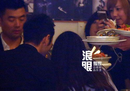 黄晓明baby戛纳尝鲜喂食索吻旁若无人(图)