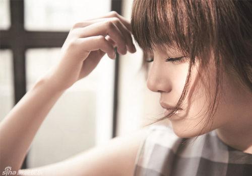 陈妍希美照大翻身戏谑自嘲想当女神经