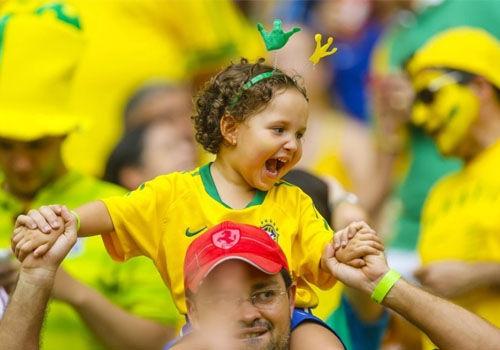 世界杯萌娃球迷大PK那个最萌?