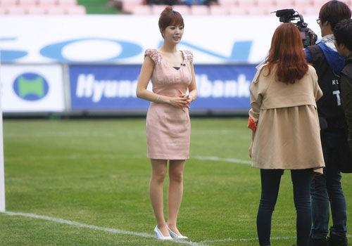 美女主播记者闪耀世界杯