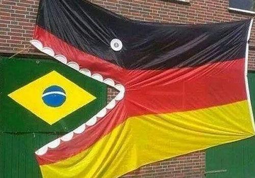 德国7:1完胜巴西球迷PS恶搞巴西惨败德国