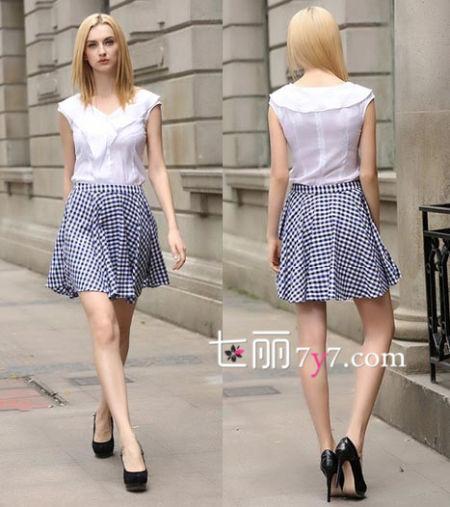蓝色格子半身裙