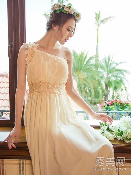 复古手绘裙子款式设计图展示