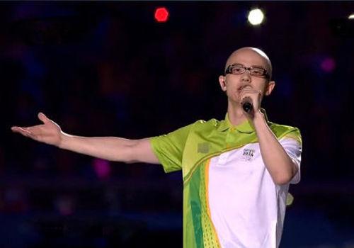 平安献唱青奥闭幕式向世界展示中国声音