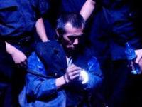 王大民:看到直升机巡逻 慌乱中摔倒崴伤脚