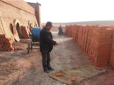 黑龙江望奎县一砖厂工人十几刀捅死老板夫妇