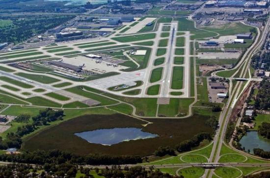 明尼珀里斯圣保罗国际机场延误率:15.6%