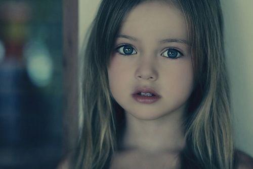 9岁可爱女孩图片