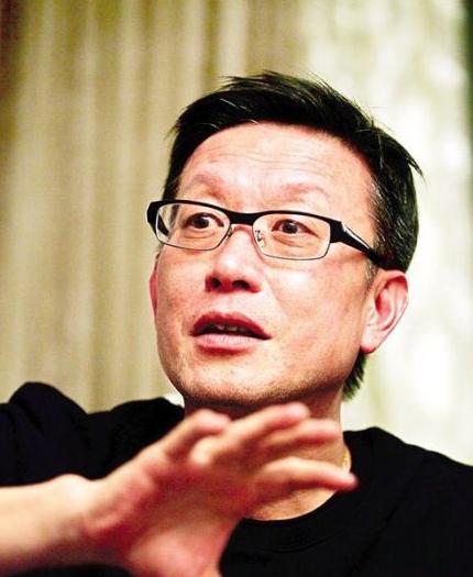 《全民》刘伟强:金城武年轻时傻傻的