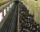 出行贴士地铁高峰期在路上可以做9件事