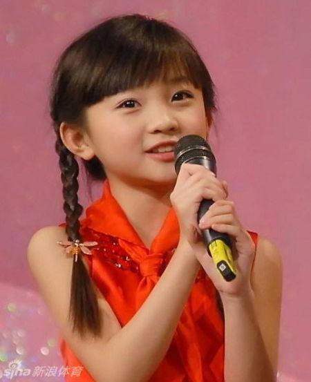 林妙可晒高中校服照(组图)(8)图片