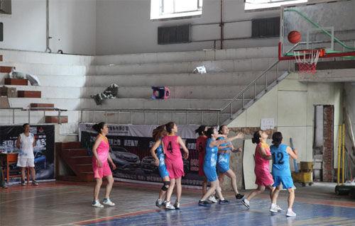 绥化市第一医院举办职工篮球赛_新浪绥化