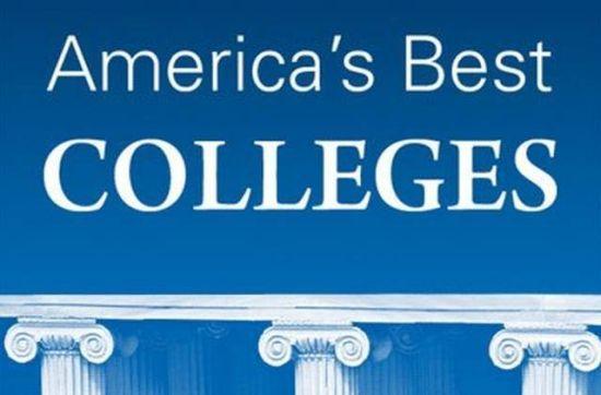 即将迈入下一学年的美国1,800万大学生,需要支付的公立大学学杂费估计总计18,943美元(私立大学42,419美元)。欠有学生贷款的应届毕业生平均需要偿还的金额约为35,000美元;美国未偿还的大学生助学贷款总额达到前所未有的1.2万亿美元。   美国高等教育成本攀升的同时,也有一个令人感到安慰的情况。现在越来越多的学院和综合大学对学生消费者价值投入的关注甚于学校的声望,进入了一个重视教育投资回报率的时代。造成这种转变的原因是公众对念大学要投入的巨大成本与其长期价值进行了详尽的研究和调查这是福