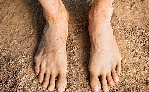 男人脚底板疼痛是什么病
