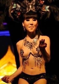 比女人还女人的泰国极品人妖
